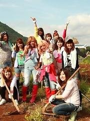 Farmer girls Raina Ogami and Rara
