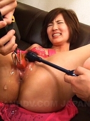 Kaede Oshiro gets cum in mouth and vagina