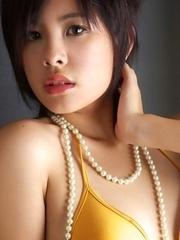 Ageha Yagyu has tinny bra and bikini covering her curves