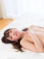 Nishino Ena lets this guy fuck her feet before sticking it inside of her pussy