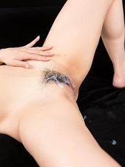 Ryu Enami Gets Her Pussy Drenched with Cum